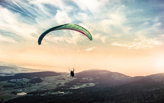Paraglidingové dobrodrúžstvo